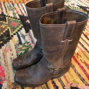 7.5 Frye boots